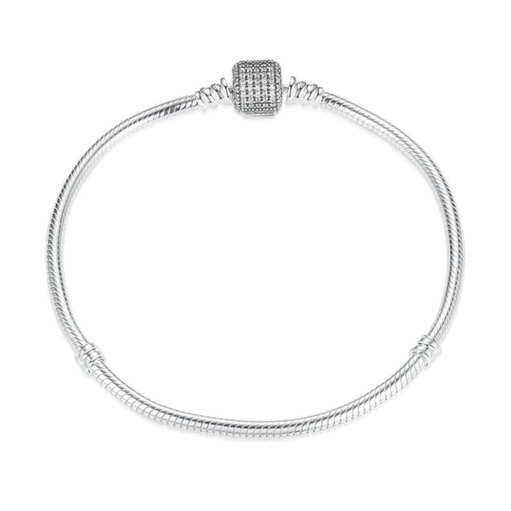 Sterling zilveren bedelarmband met glimmende clipsluiting