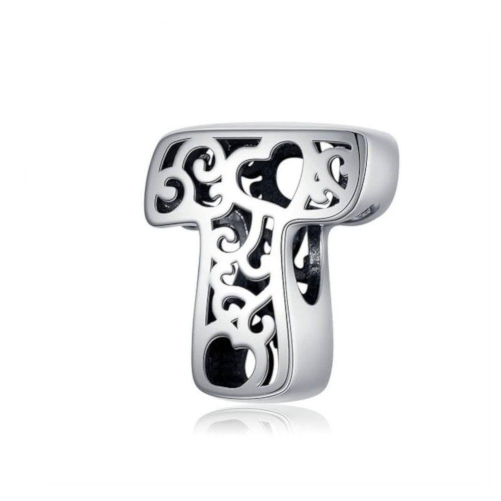 Zilveren alfabet bedel letter T met hartjes